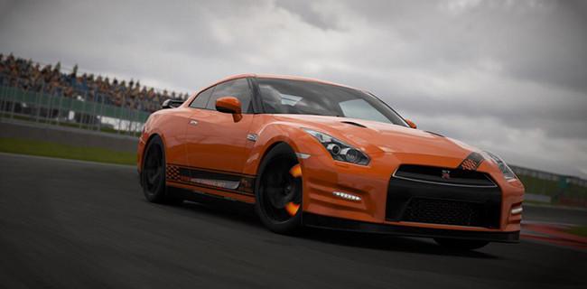 nissan-gtr-orange-race-track-autotorque